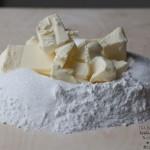 preparare la pasta frolla fase 1