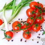 Pomodori e cipollotti